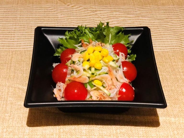 『浜松パワーフード』サラダ
